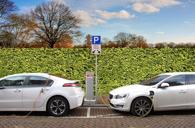 100 км за 2,5 евро: В Польше начнут взимать плату за зарядку авто